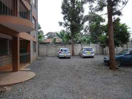2 bedroom apartment on Waiyaki Way Mountain View area available now