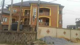3 bedroom flat to let at Arepo