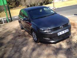 2012 polo 6 1.4 grey in colour with 76000km R128000