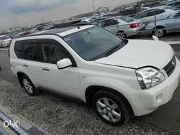 Nissan x trail hype roof brand new shape brand new car