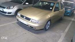 Polo Playa 1.8 R38000 neat in nd out