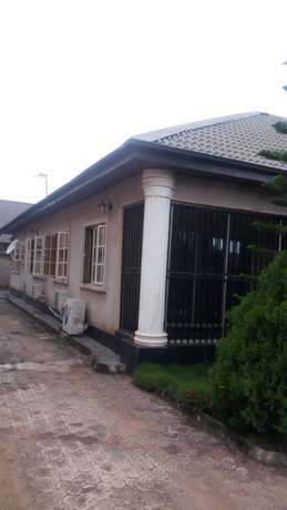Luxury 4bed Rooms Flat at Bankole Estate Magboro Behind MFM. CofO Lagos Mainland - image 2
