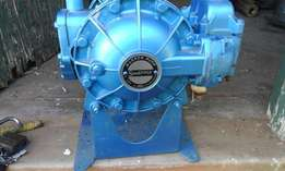 Sandpiper Air-operated double diaphragm oil pump