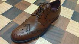 a NEXT pure leather SIGNATURE wingtip FULL BROGUE size 44(UK 10)