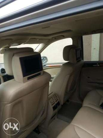 Mercedes-Benz GL450 07 model Nigeria used Ikeja - image 6