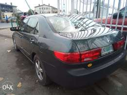 super clean honda accord 2005 model