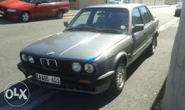 bmw e30 318i x 2 for one price