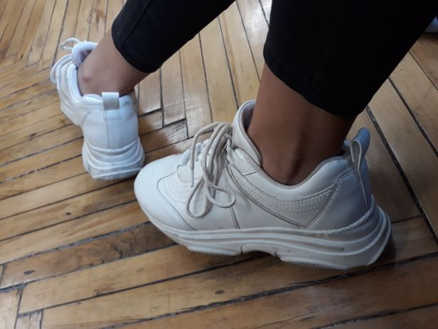 buty do biegania sprzedawane na całym świecie różne kolory Sportowe wysokie buty fila disruptor białe crepersy ...
