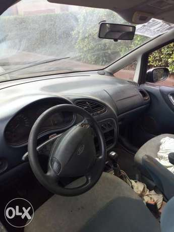 Ford for sale 3 sitters Abeokuta South - image 3