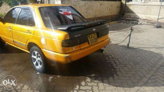 Nissan b13 1300cc fully running car body work only needed new tires Pangani - image 5