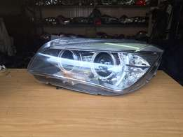 BMW X1 left side xenon headlight very clean for sell R3500