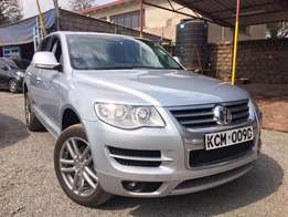 Volkswagen Touareg 2010 Foreign Used For Sale Asking Price 3,900,000/=