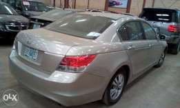 Very clean and enjoyable Honda accord 2009