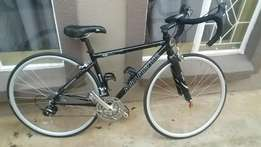Small frame Avalanche road racing bike for sale.