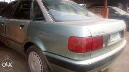Audi 80,working in good condition, manual,Automatic Taping Glass