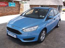 FORD FOCUS 1.0 Ecoboost Ambiente 5Dr