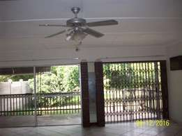 2 Houses on one property Arboretum Avail: Imm