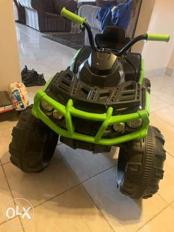 kids battery operated jeep