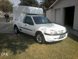 Ford banter bakkie 1.6i with ac