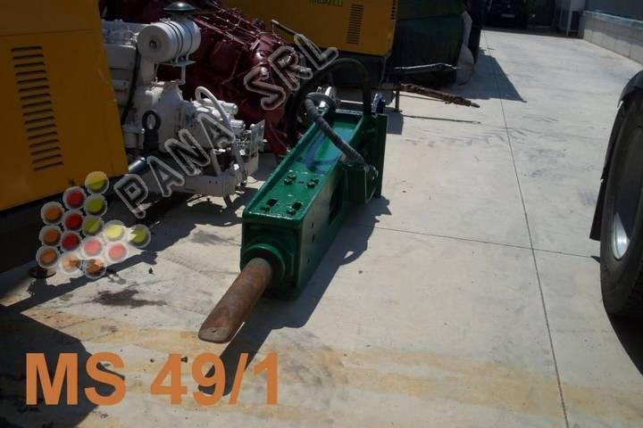 Montabert martellone  501 hydraulic breaker - 1983