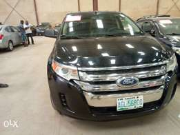 Extremely clean 2011 Ford Edge