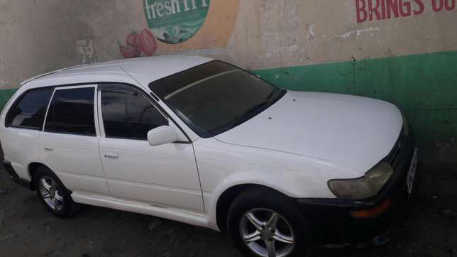 Very clean car for sale with a very poweful engine Mombasa Island - image 3