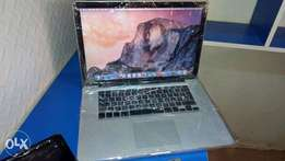 MacBook Retina Display Core i7 8GB Ram, 256SSD 350k