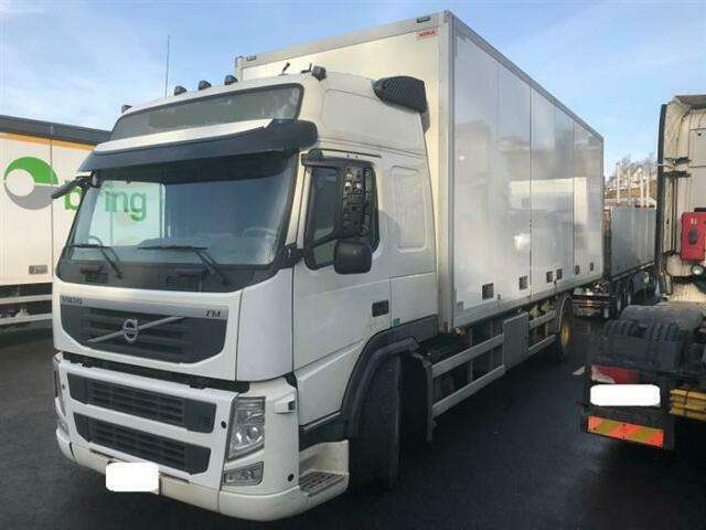 Volvo Fm330 Soon Expected 4x2 Globetrotter Side Op - 2012
