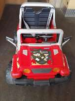 Jeep Ride on car 2 seater Peg Perego