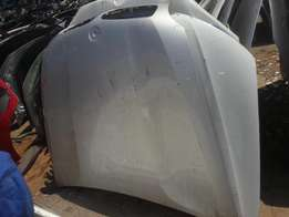 Good condition Genuine clean bmw e90 facelift bonnet for sale