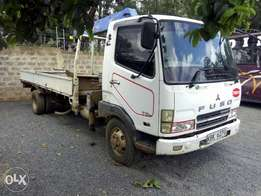 Mitsubishi fuso truck with self loader