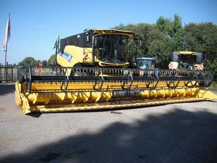 New Holland cr 9.80 - 2016