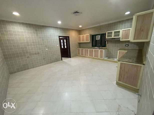 mordan floor rent in villa mangaf