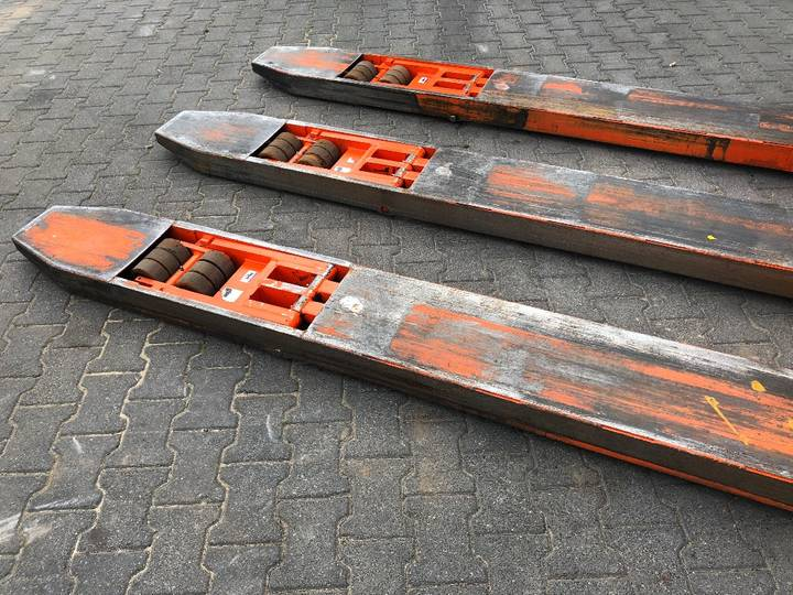 Doosan LEHF 75D Palletwagen - image 18