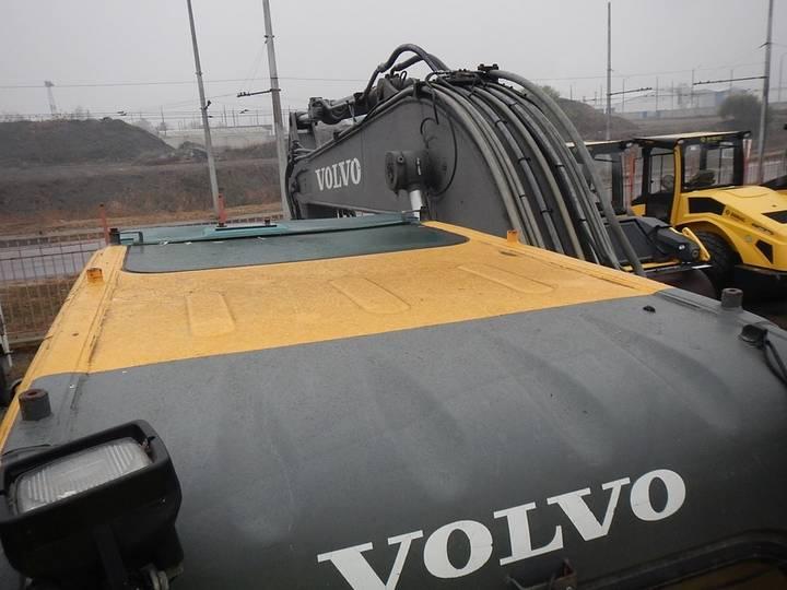 Volvo EW140B - 2005 - image 41