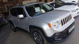 **2015 Jeep Renegade 1.4 TJET Limited** Only 9500km**Spotless*