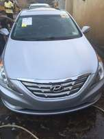 Tokunbo Hyundai Sonata 2011 model accident free to