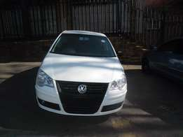 2006 White VW Polo Classic 1.6 Sedan for sale