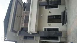 Executive newly built 5bedroom completely detached lekki