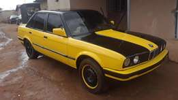 Clean n well maintained BMW e30 for quick sell