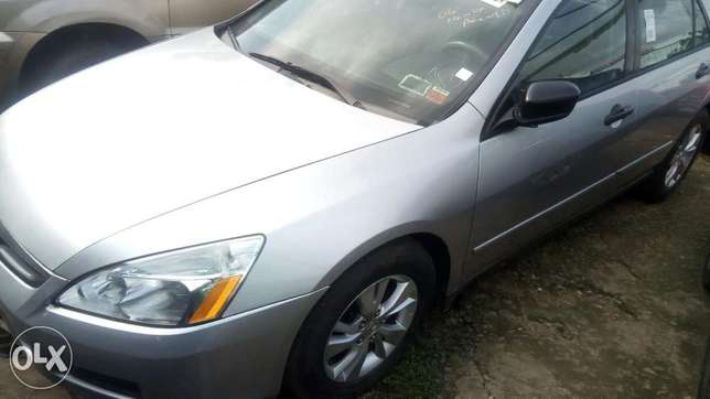 Clean Honda accord Festac Town - image 5
