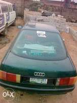 Clean AUDI 80 for give away price.