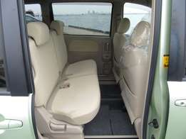Toyota sienta green 1500cc fully loaded with two power windows
