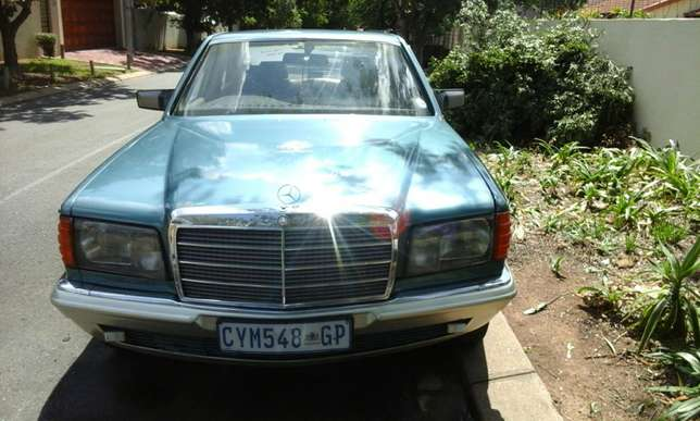 Benz to go Hurlingham View - image 1