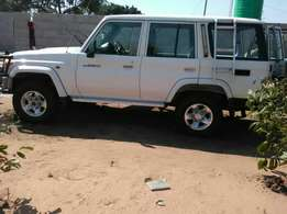 Land cruiser lx Mpya