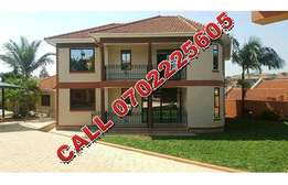 Charming 5 bedroom mansion for sale in Najeera at 1bn