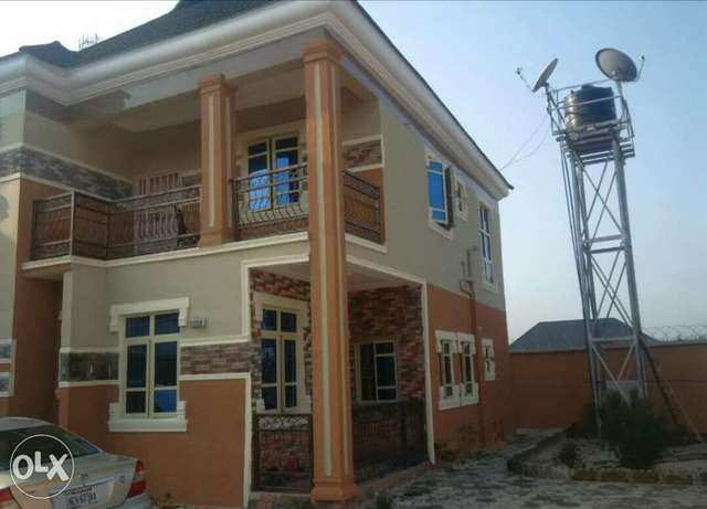 FOR SALE beautiful 4 bedroom duplex at Ada George PH. Port Harcourt - image 2