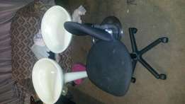 Am selling this three chairs for 600 still in good condition
