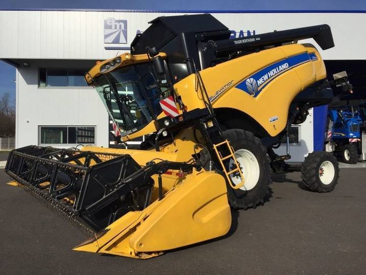 New Holland cx 6090 elevation latérale 4wd - 2016