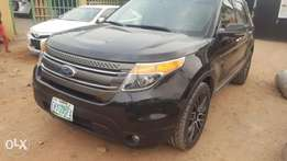 Super clean Ford explorer 2013 (2month used)
